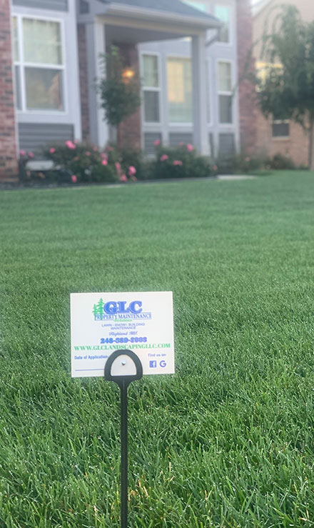 GLC Property Maintenance Services   Lawn Fertilization