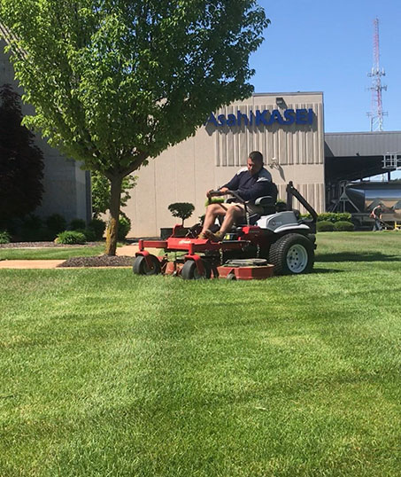GLC Property Maintenance Services  Commercial Lawn Mowing